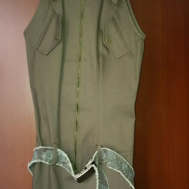 4fd5b08a30b4a Best Bodycon Dress With Zipper Front And Army Print Belt for sale in Port  Coquitlam, British Columbia for 2019
