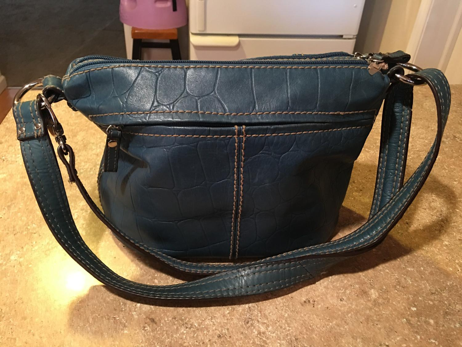 Best tignanello purse med size teal color asking 5 for for Klamath falls jewelry stores