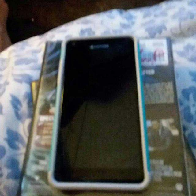 cheap for discount cd4b3 dc5da Kyocera waterproof at&t go phone