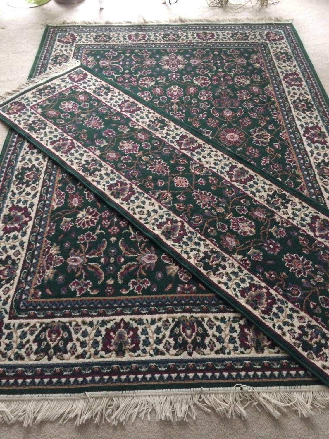 Best rug and runner hunter green and mauve for sale in for Best store to buy rugs