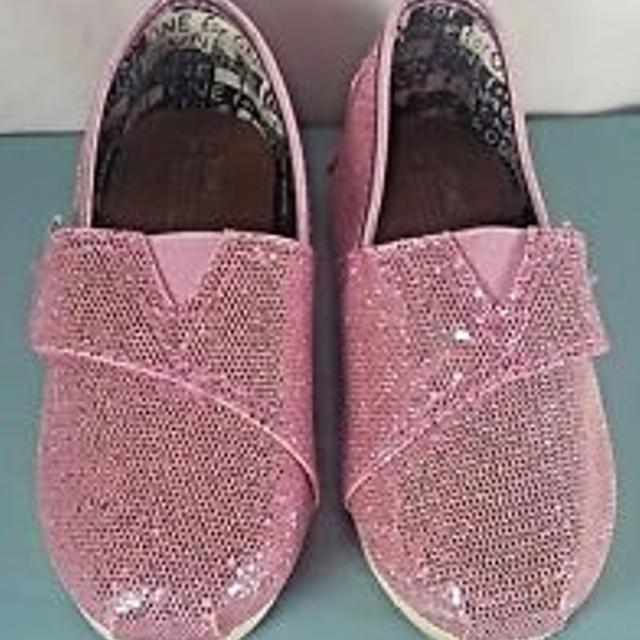3b2fa850709 Best Reduced Pretty Pink Glitter Toms! Good Condition for sale in Cypress