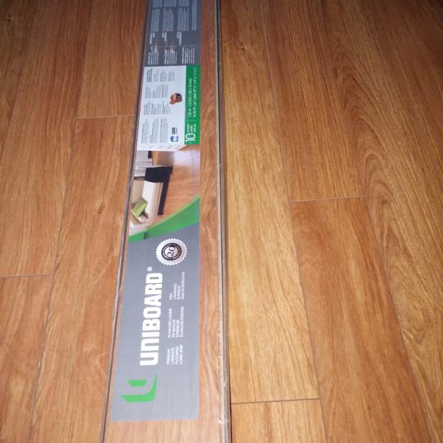 Find More Uniboard Laminate Flooring 10mm 10 Box For Sale At Up
