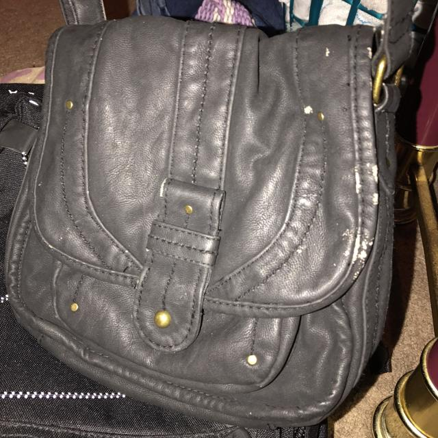 42ef078afeb3 Best Slightly Used Black Converse Cross Body Purse for sale in Mobile