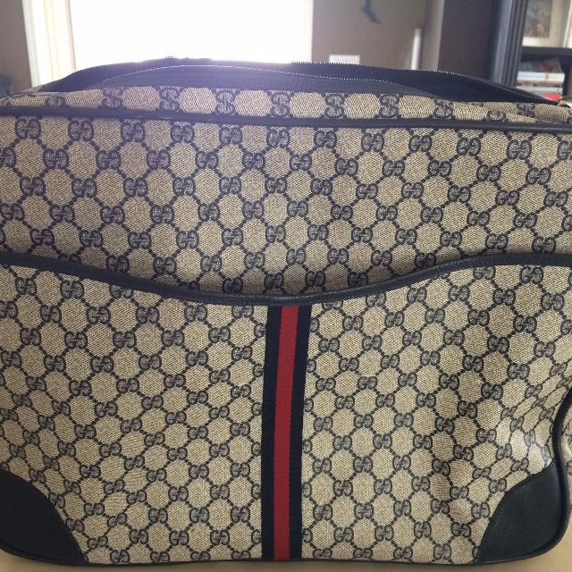 da254bec0 Find more Fake Gucci Travel Bag $10 for sale at up to 90% off