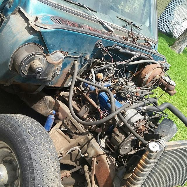 rebuilding a small block chevy engine