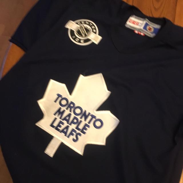 the latest 54655 f8d24 Toronto Maple Leaf Practice Jersey