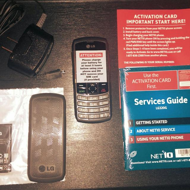 Set of FOUR LG320G Cell Phones Net10