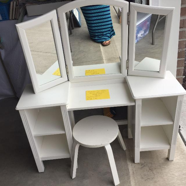 Madeline Play Vanity: Find More Pottery Barn Kids Madeline Play Vanity For Sale