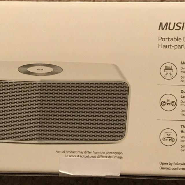 LG Electronics Music Flow P5 Portable Bluetooth Speaker White