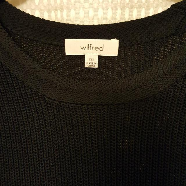 8bba0f70ae88f Find more Aritzia Xxs Wilfred Palmier Sweater for sale at up to 90% off