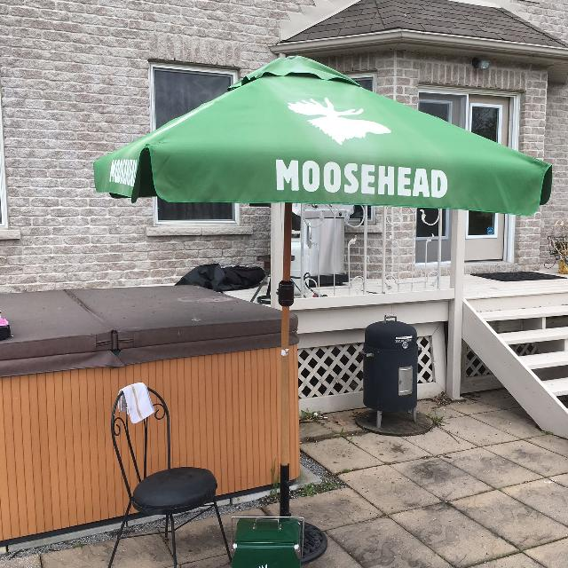 Find More Moosehead Patio Umbrella With Stand Matching Cooler For