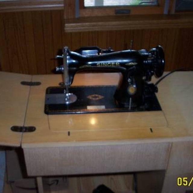 Best 40 Singer Sewing Machine Model 4040 Cabinet With Many Mesmerizing Singer Sewing Machine Model 15 91 Value