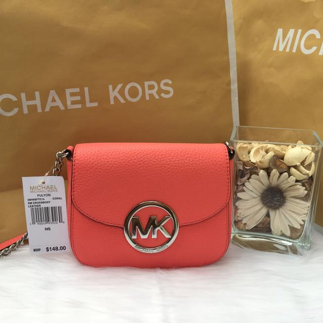 d508e7fda362 Best Nwt Michael Kors Fulton Coral Small Crossbody for sale in Glendale
