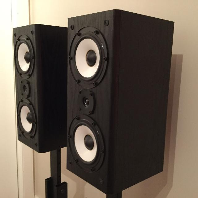 Onkyo Bookshelf Speakers With Stands
